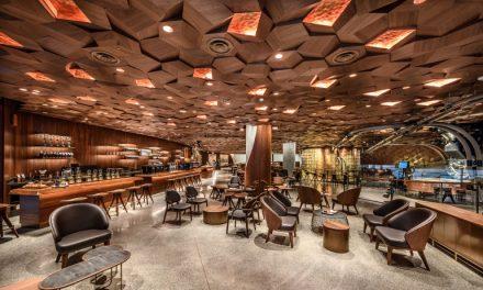 상하이에 오픈한 스타벅스 매장의 공간색채